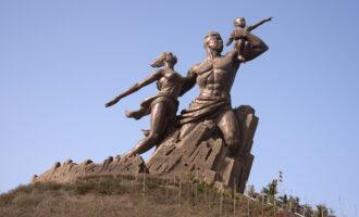 Dakar,,Senegal,-,May,27,,2014:,Sculpture,That,Reflects,The