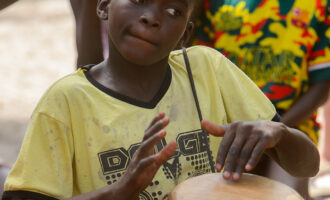 Kaschouane,,Senegal,-,Apr,29,,2017:,Unidentified,Diola,Boy,Plays